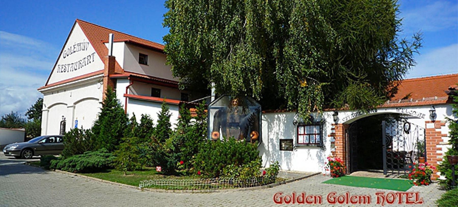 Romantický 2–3denní pobyt v hotelu Golden Golem