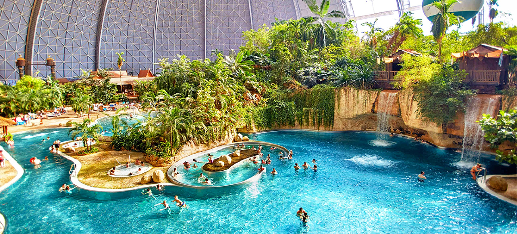 Celodenní zájezd do Tropical Islands vč. vstupenky