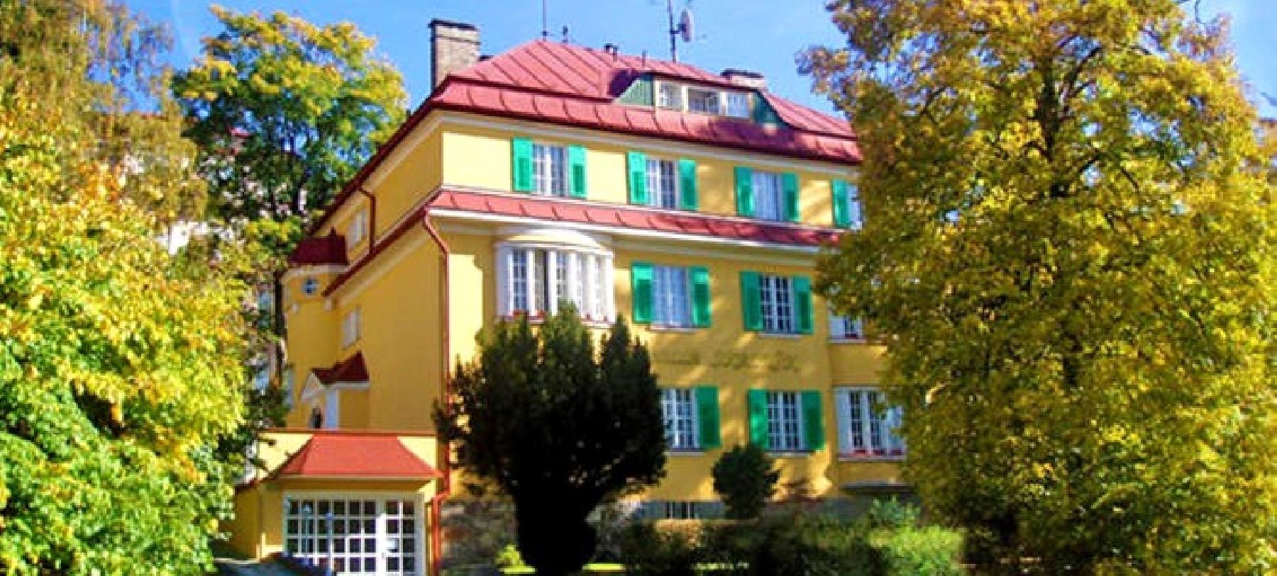 Hotel Villa Skalník v Mariánských Lázních pro 2