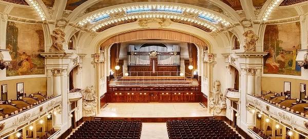 Galakoncert ve Smetanově síni Obecního domu