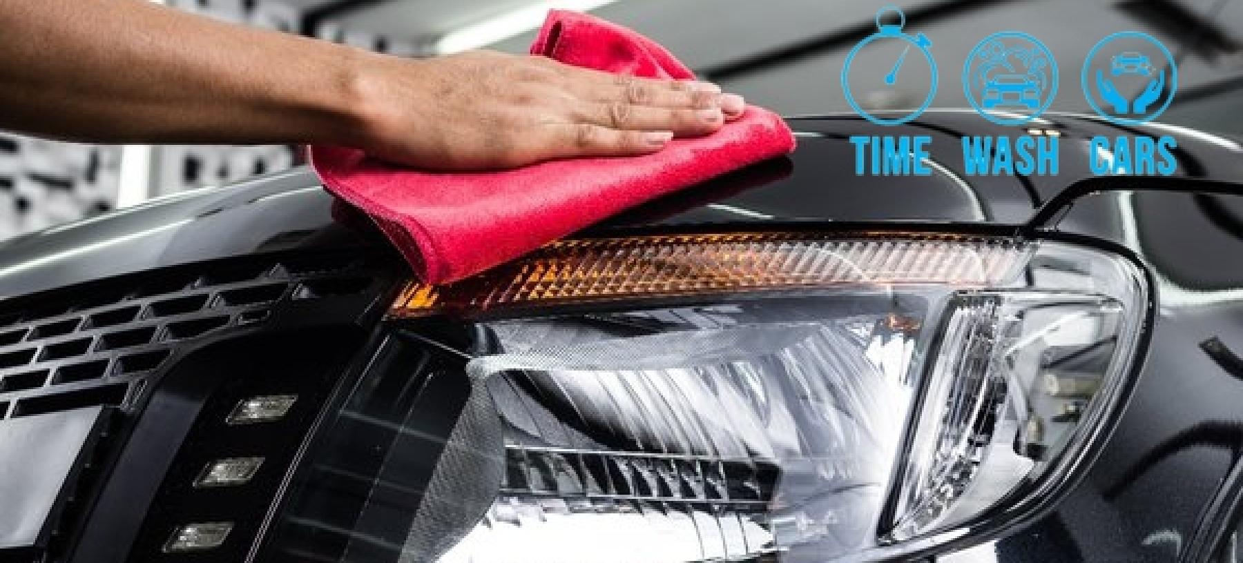 Kompletní ruční mytí vašeho auta v Time Wash Cars